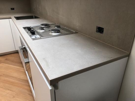 Piano cucina ricavato da lastra 160x320 Industrial Taupe Floor Gres