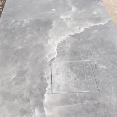 particolare bordo piscina in lastre 120x240 Rocksalt