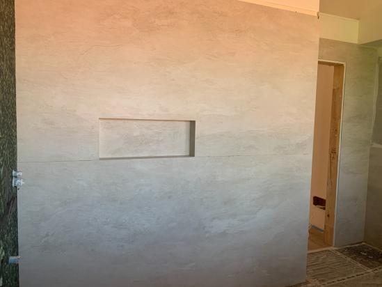 interno doccia in lastre 120x240 e nicchia con luce led