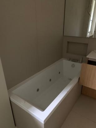 rivestimento bagno in lastra 120x240, rivestimento vasca idro ispezionabile
