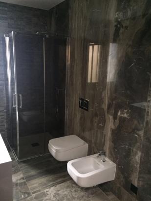 interno bagno realizzato in Svizzera