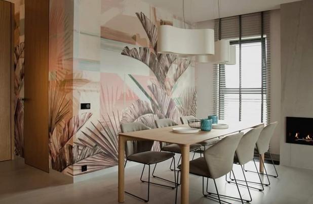 rivestimento murale con lastre in kerlite e disegno personalizzato
